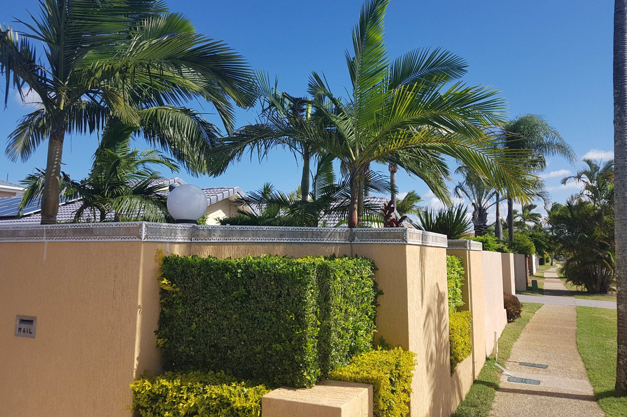 Gold Coast Precision Rendering specialises in concrete render to create a new look for your exisiting walls and fences.